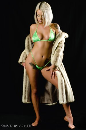 Adella escorts in Salisbury NC