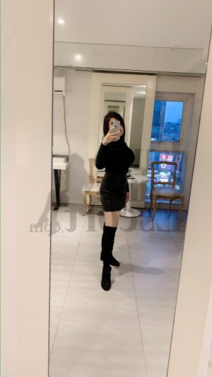 Elorine escort girl