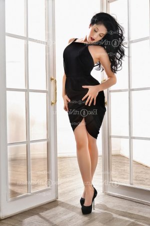 Erique live escort in Hastings