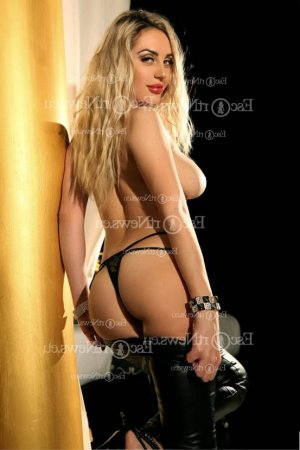 Mannuella live escort in Bridgetown